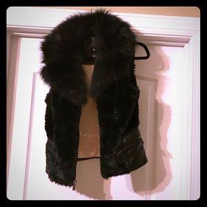 Guess faux fur and leather vest! Sz S